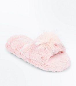 regali natale: pantofole pelliccia